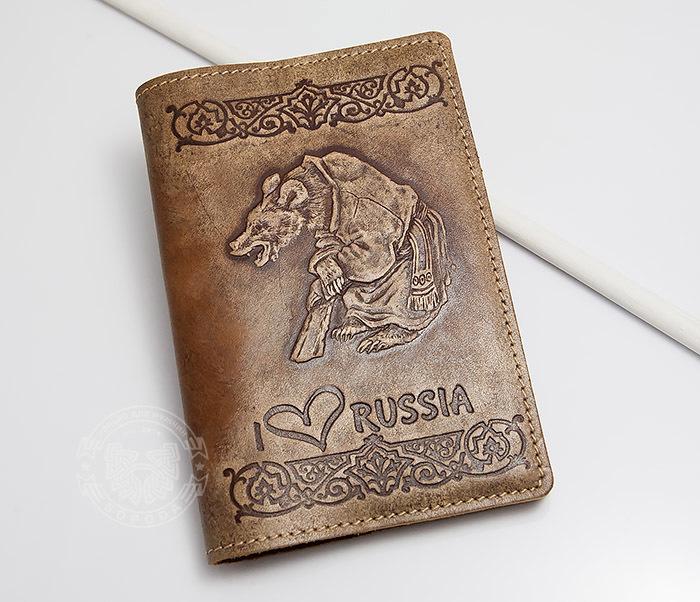 Обложка на паспорт с тиснением «I Love Russia» сувенир обложка на паспорт петр i и море р33 3