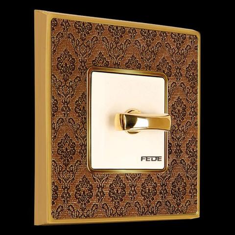 Рамки 2-х постовые для розеток и выключателей коллекция Vinatage Tapestry Collection Decorbrass Bright Gold