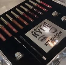 Kylie HOLIDAY BOX   LIMITED EDITION