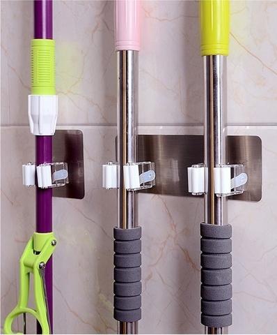 Настенный держатель для швабры Mop Clip