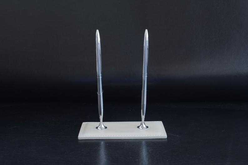 Настольная подставка с 2-мя ручками Classic