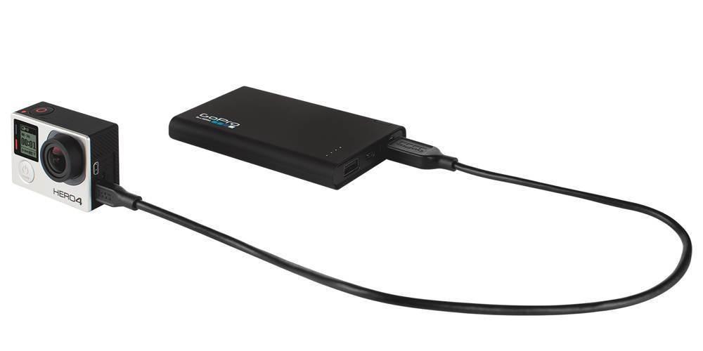 Дополнительный внешний аккумулятор GoPro Portable Power Pack (AZPBC-001) подключение к камере