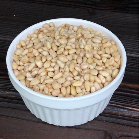 Фотография Кедровый орех /Сибирь/ 3 кг. купить в магазине Афлора