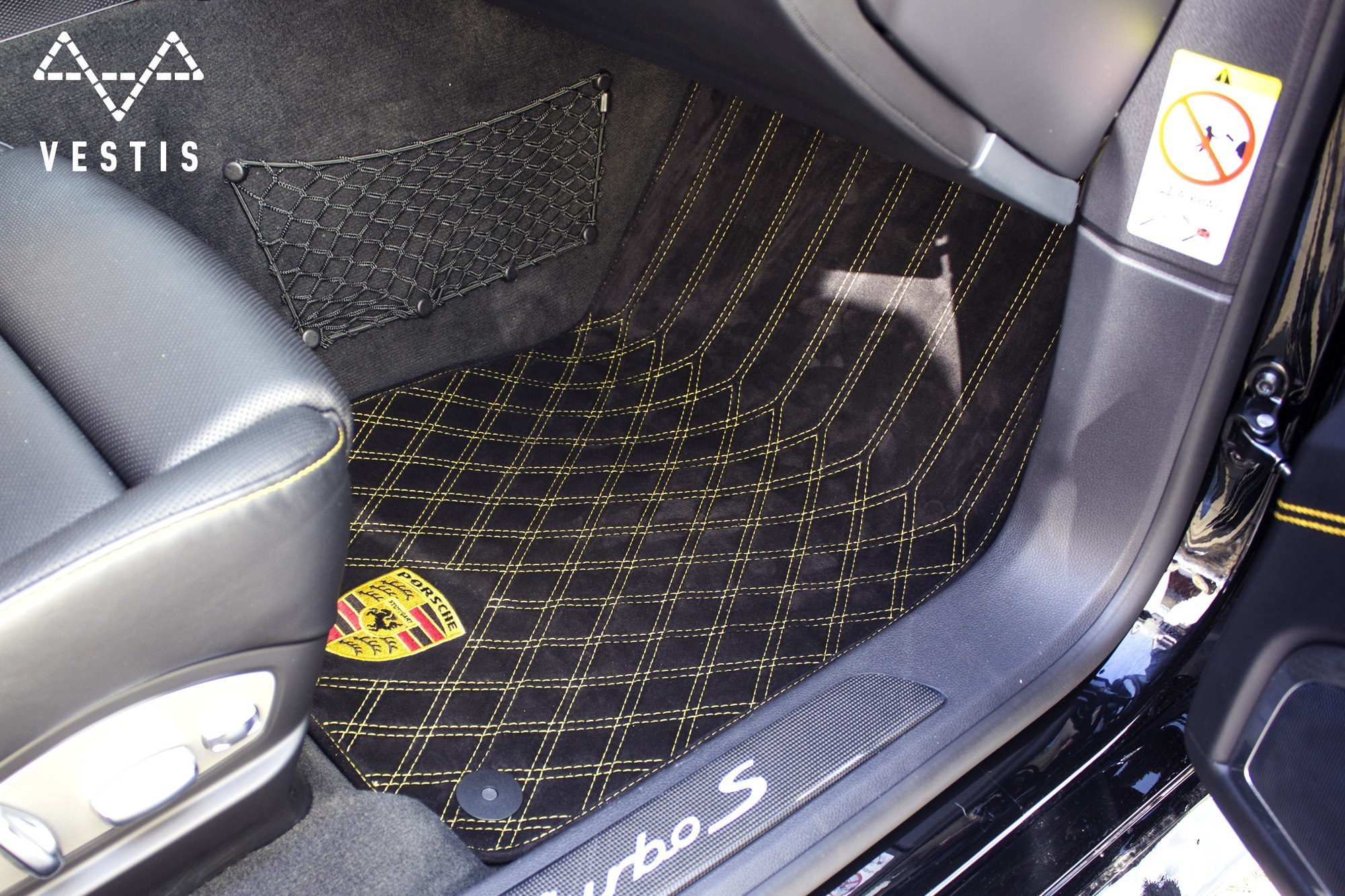 Rugs from eco-leather Vestis for Porsche