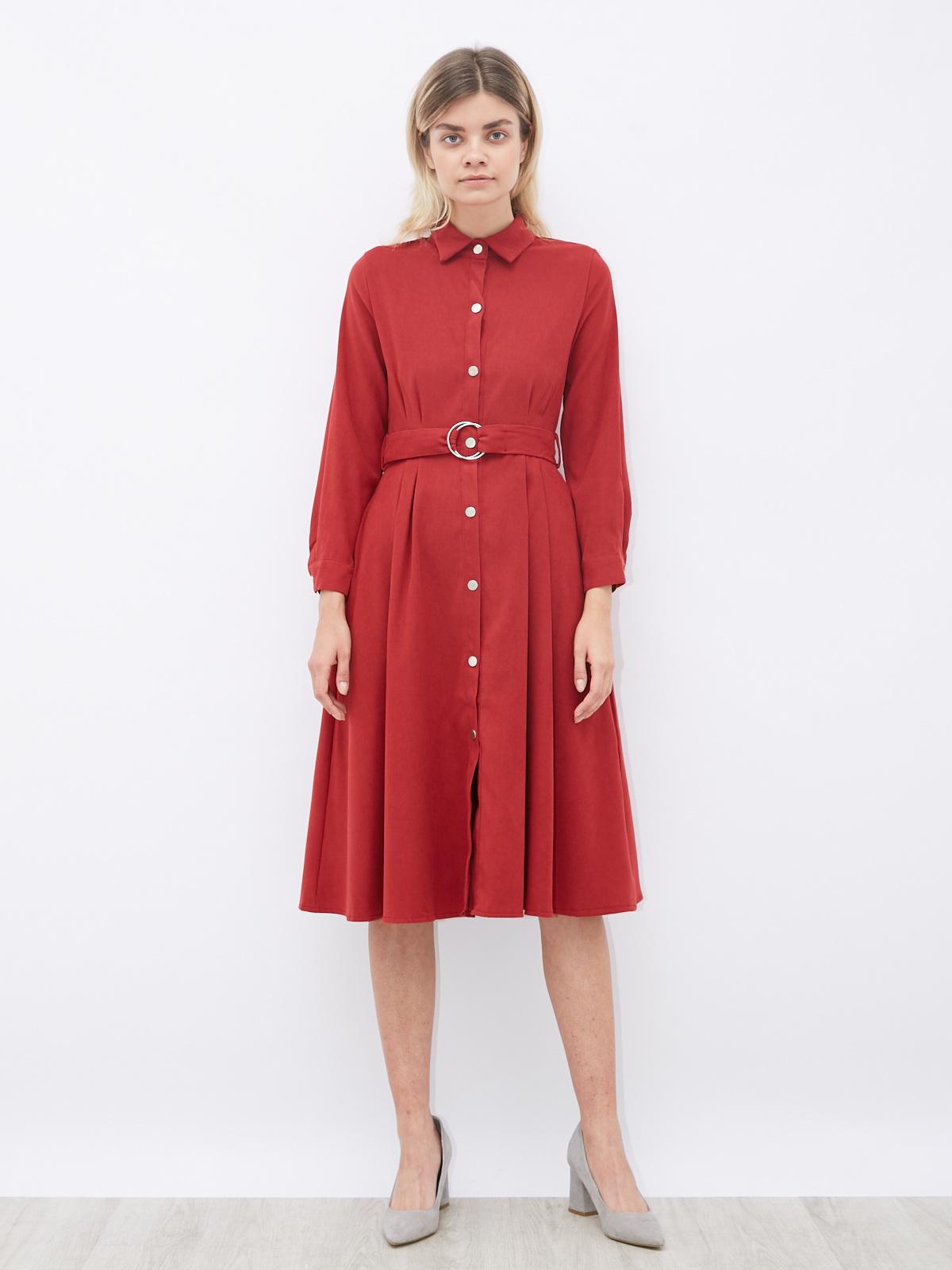 Платье на кнопках и с поясом