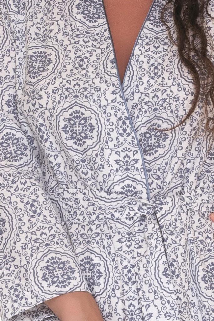 Женский халат с орнаментом DolceVita