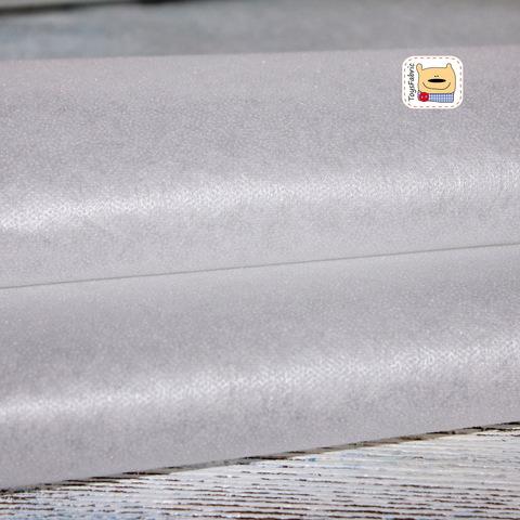 Флизелин точечный белый клеевой 25 г/м (90х90см)