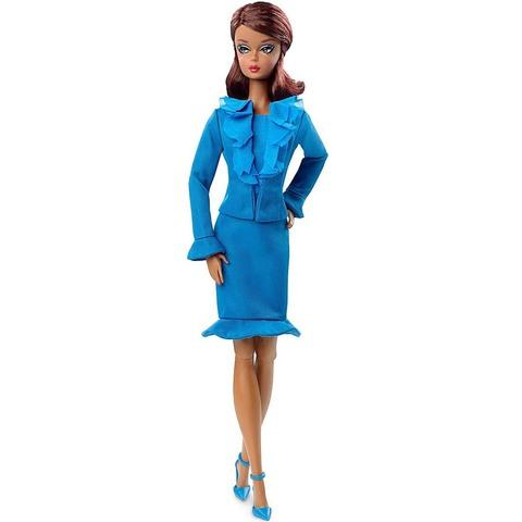 Барби Манекенщица в синем костюме