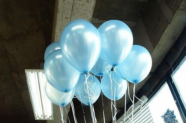 Голубые воздушные шары (фото 2)