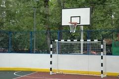 Стойка баскетбольная Г-обр уличная бетонируемая вынос 1.2 м (щит 1800х1050 мм металл)