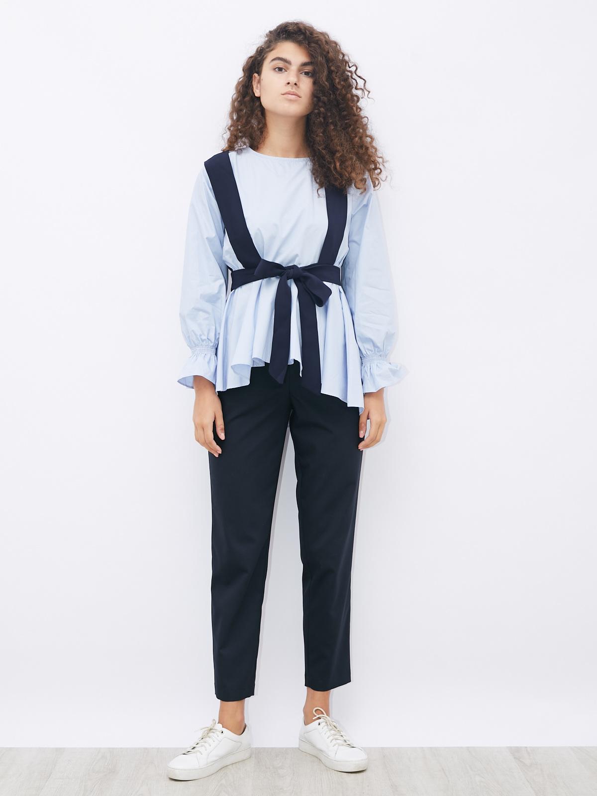 Блуза с асимметричным низом и укороченным жилетом