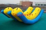 Водные надувные качели
