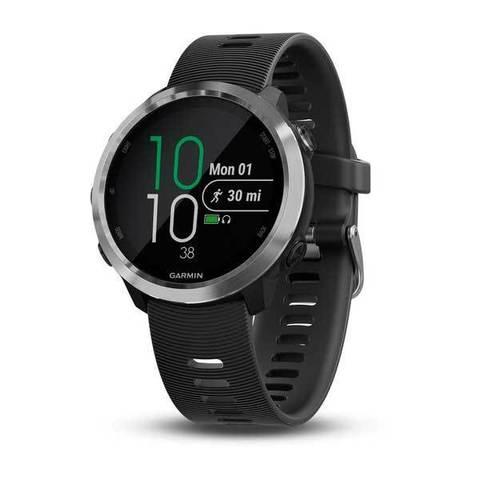 Купить Спортивные смарт часы Garmin Forerunner 645 Music серебристые с черным ремешком 010-01863-30 по доступной цене