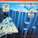 220 Volt / Mind Over Muscle (LP)