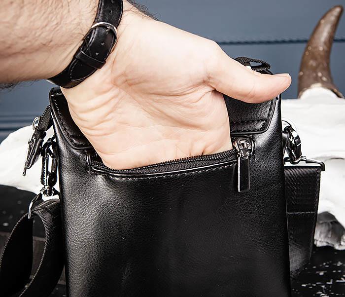 BAG560-1-1 Маленькая сумка планшет с ручкой и ремнем фото 07
