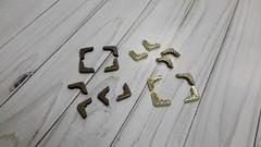 Уголки металлические, 1,7 см, 8 шт.
