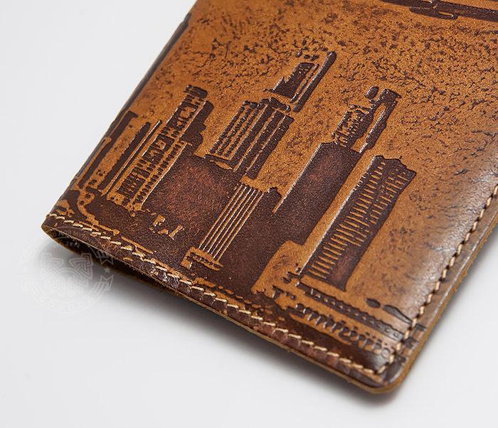 BY14-29-07 Кожаная бложка для паспорта «Часто Летающий Пассажир» фото 03