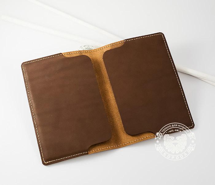 BY14-29-07 Кожаная бложка для паспорта «Часто Летающий Пассажир» фото 06