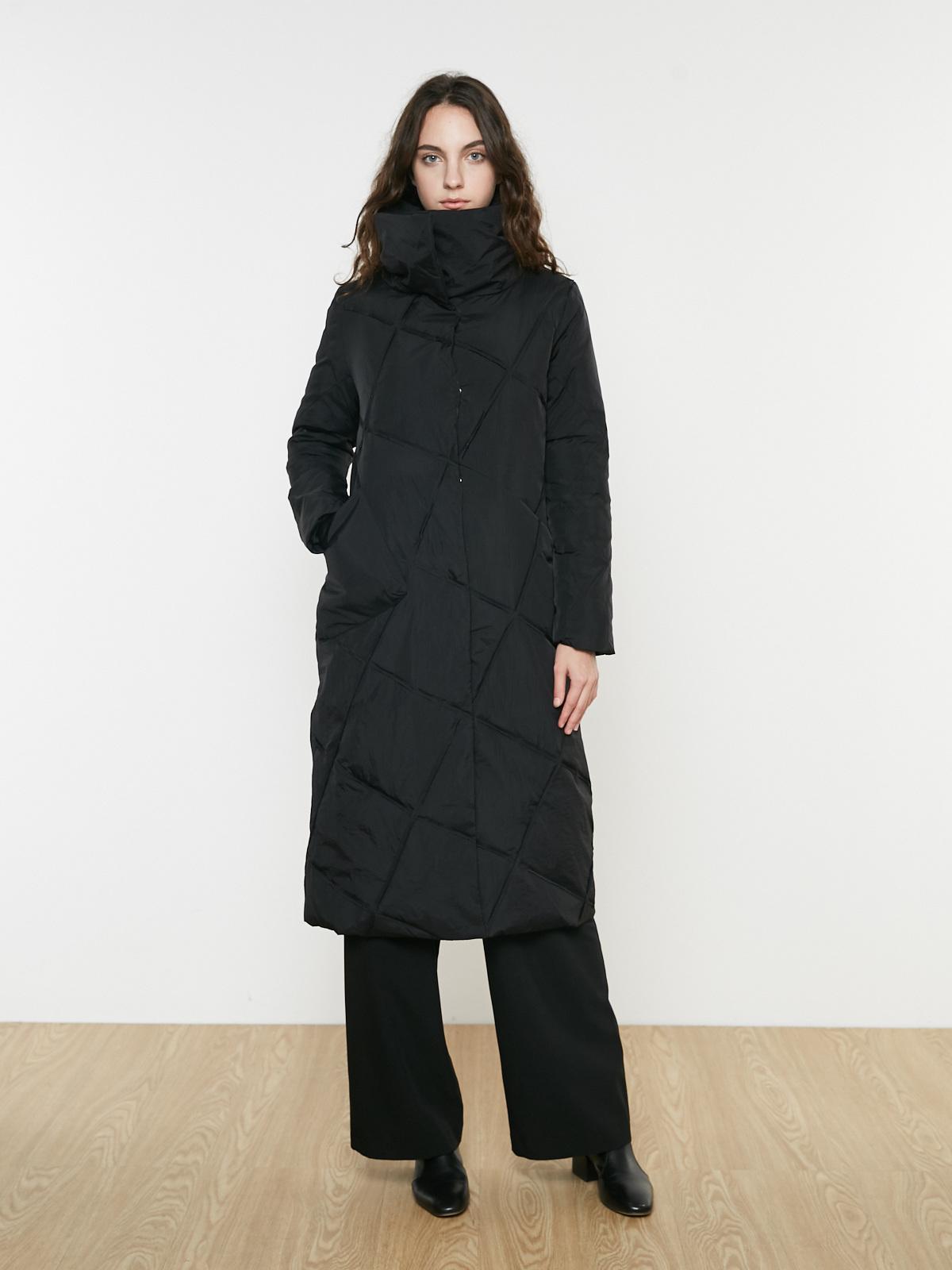 Пальто стеганое длинное