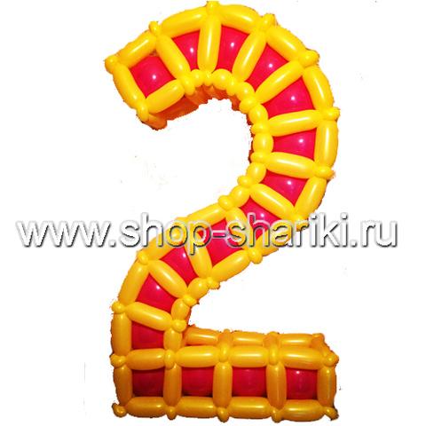 цифра из воздушных шаров www.shop-shariki.ru