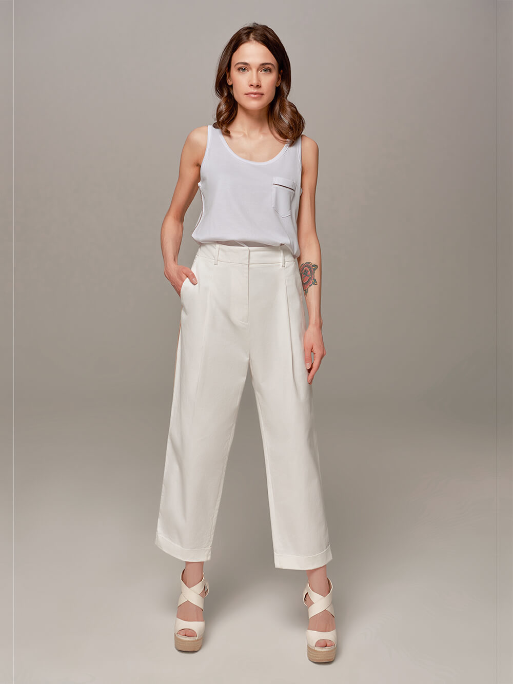 Женские белые брюки Eleventy - фото 1