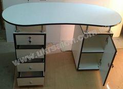 Маникюрный стол Design