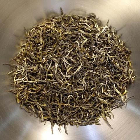 Китайский чай Пуэр Шен Сочный листья