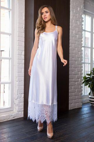 Длинное домашнее женское платье на регулируемых фигурных бретелях из однотонного сатина фото
