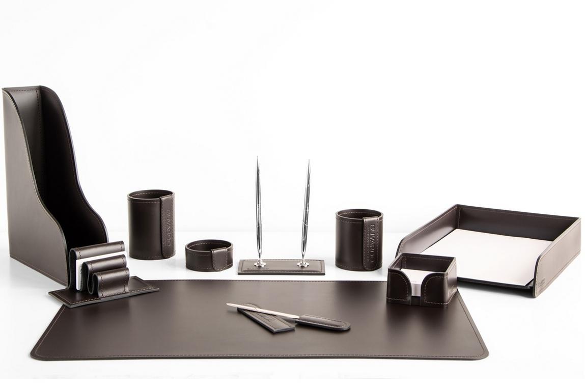 фото 3. Набор на стол руководителя арт.1482-СТ 10 предметов кожа Cuoietto (Италия) на фото цвет темно-коричневый шоколад.
