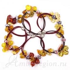 Резинка-браслет с янтарем в ассортименте