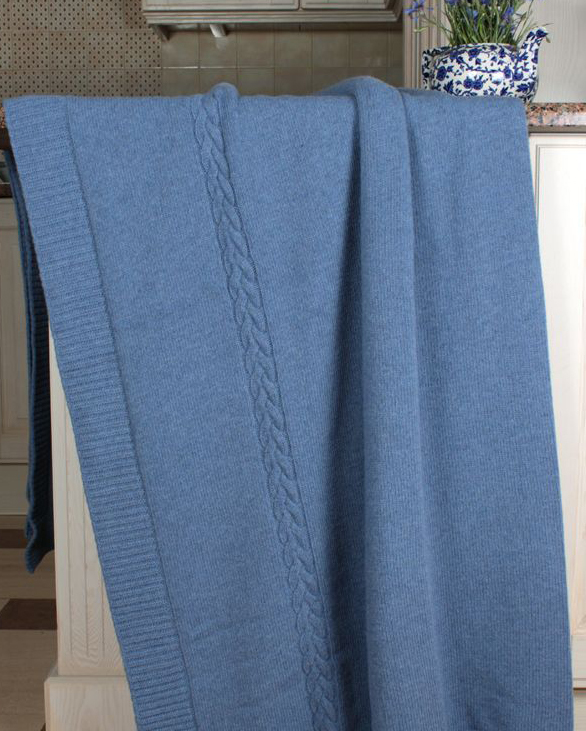 Пледы Плед-покрывало 150х200 Luxberry Imperio 239 голубой pled-pokryvalo-imperio-239-siniy-ot-luxberry.jpg