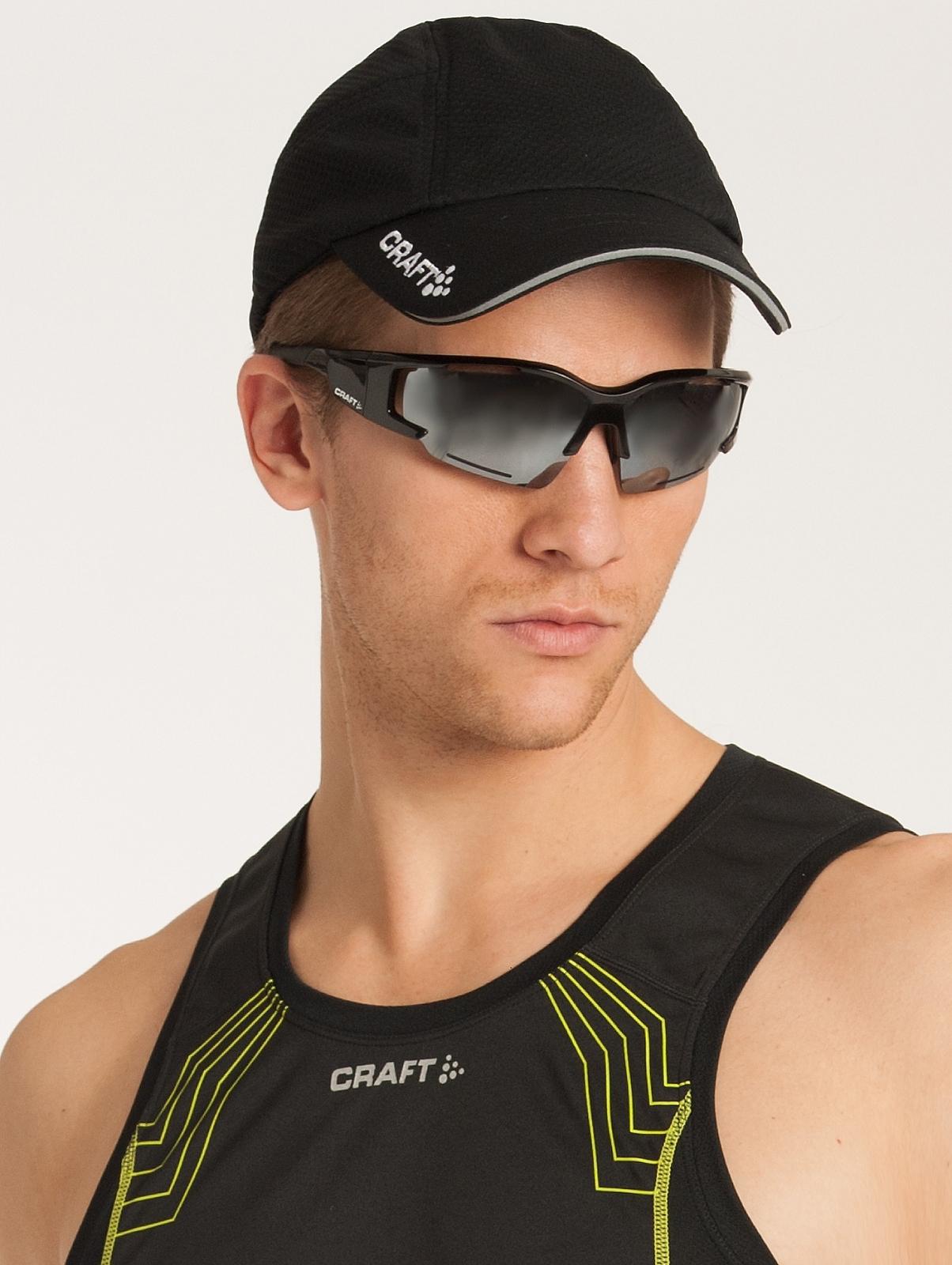 Беговая кепка Craft Running Cap (1900095-1999) черная фото