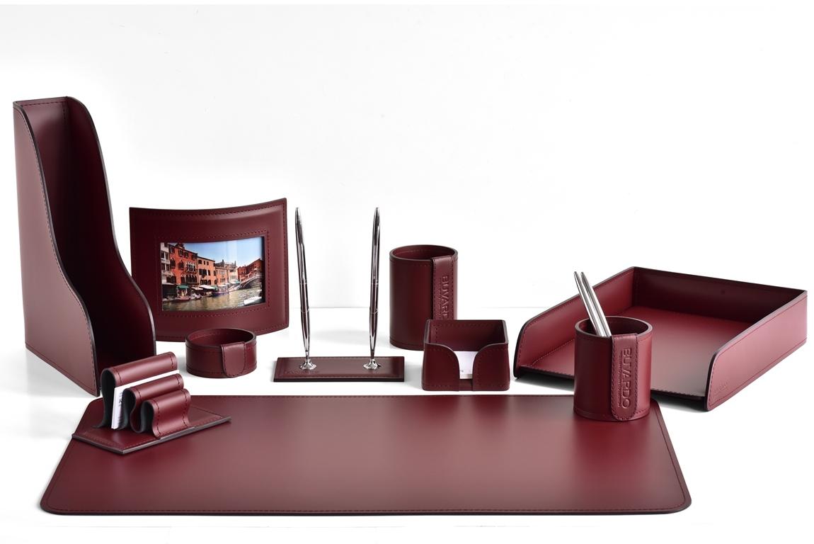 набор настольный кожаный бордовый с фоторамкой и ковриком для стола
