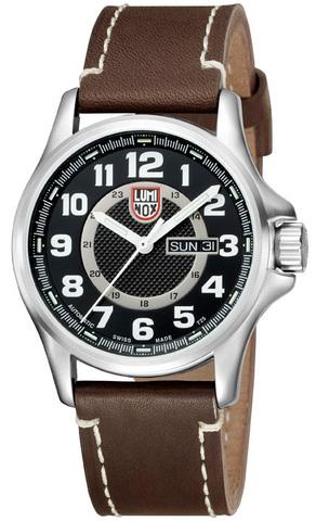 Купить Наручные часы Luminox A.1801 по доступной цене