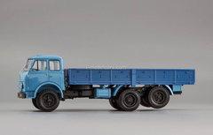 MAZ-516A flatbed truck 1971-1973 blue 1:43 Nash Avtoprom