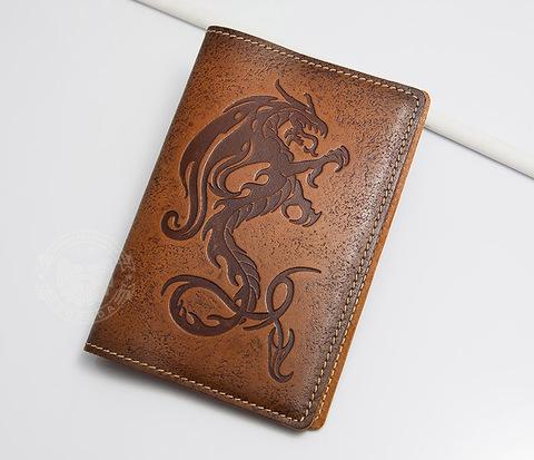 Красивая обложка на паспорт из кожи «Огненный дракон»