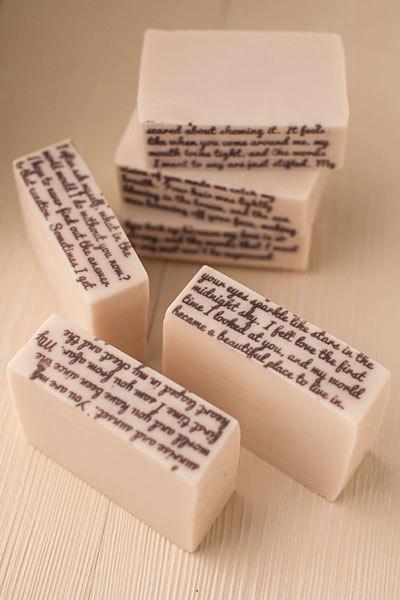 Текстурный лист Письмо. Примеры готового мыла