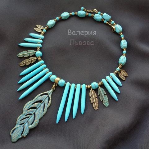 Бусина Говлит (искусств), продолговатая, цвет - голубой, 20-48х4-5 мм, нить (пример. Этническое колье)
