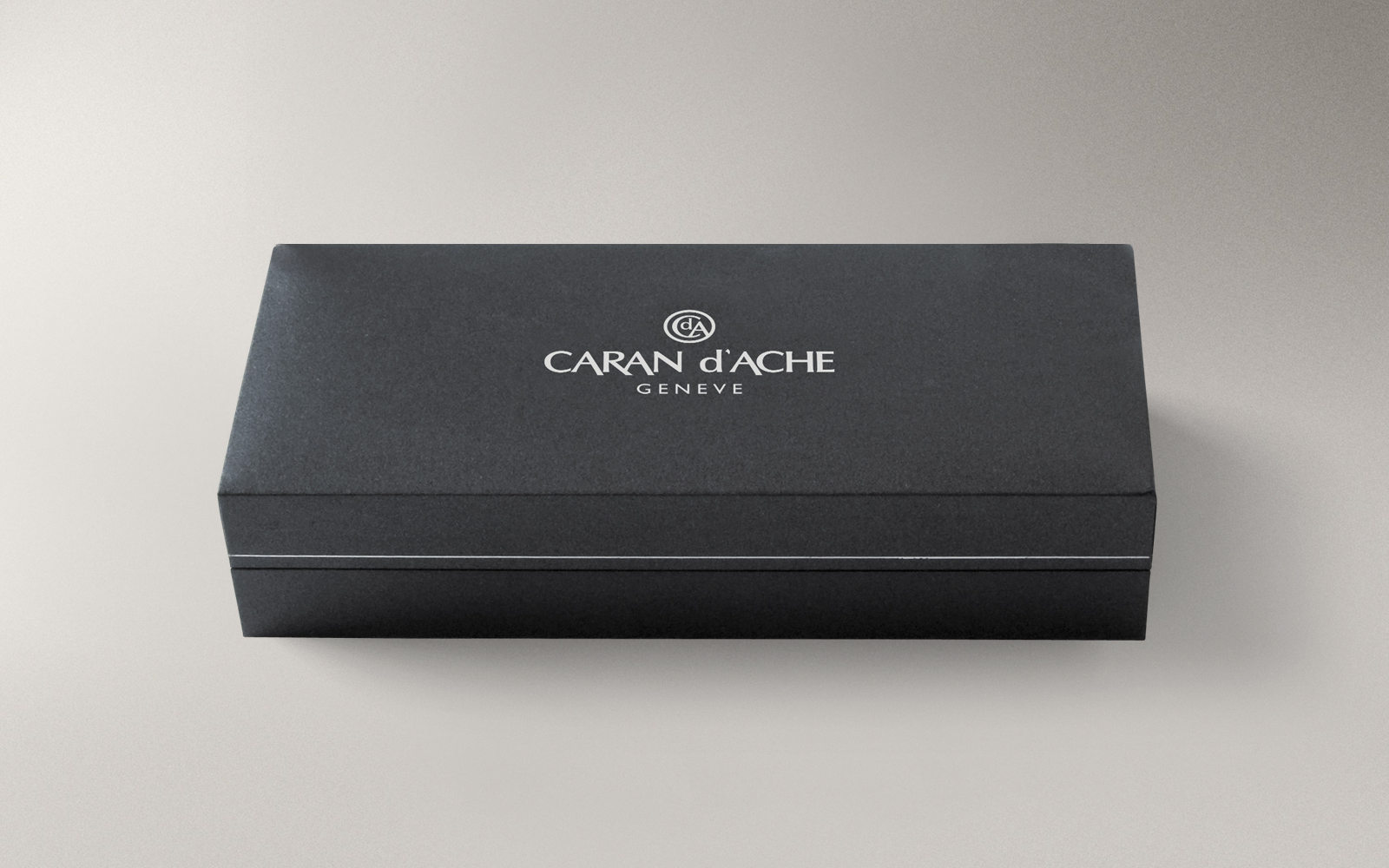 Carandache Madison - Bicolor Black SP, шариковая ручка, F