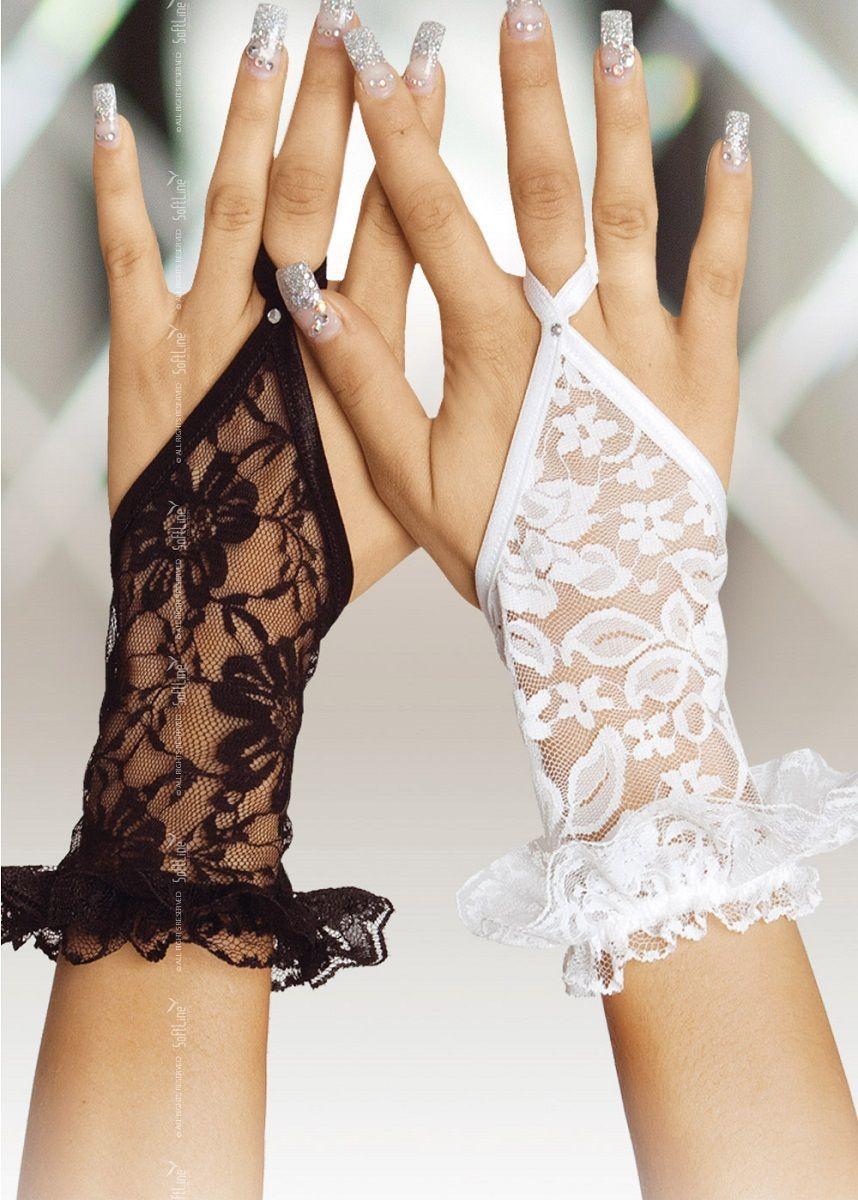 Перчатки и аксессуары: Короткие кружевные перчатки на пальчик