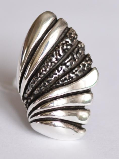 Крыло (кольцо из серебра)