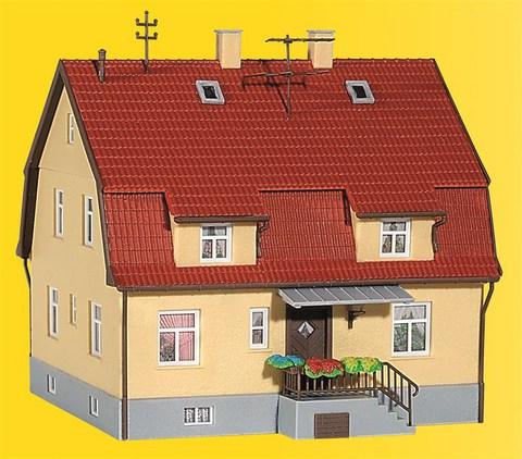 Kibri 38160 Дом с мансардой, НО