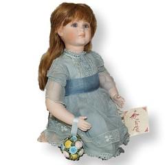 Кукла фарфоровая коллекционная Marigio Mila