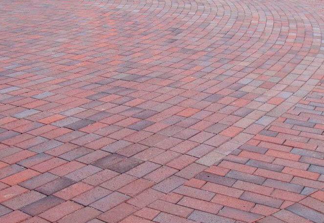 Feldhaus Klinker - P405KDF, Gala alea, красный пестрый, с фиолетовым нагаром, с оттенками, 200x100x52 - Клинкерная тротуарная брусчатка