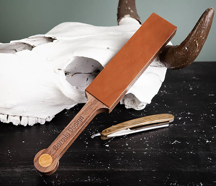 RAZ464 Кожаный ремень с деревянной рукояткой для правки бритвы