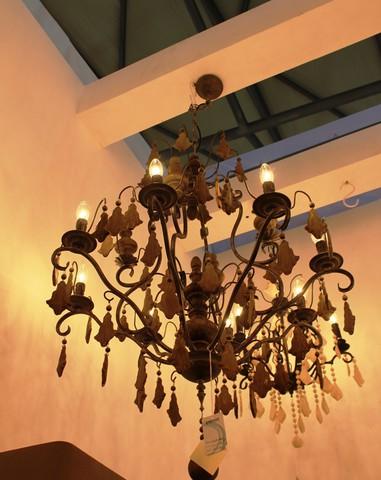 vintage chandelier  01-60 ( by Funky Vintage )