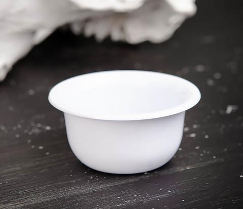 Пластиковая чаша для бритья белого цвета