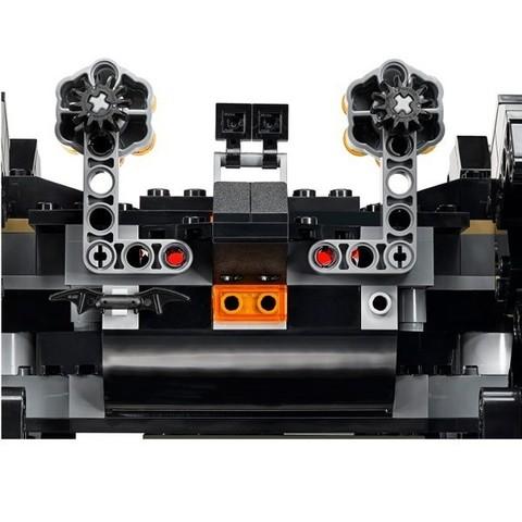 LEGO Super Heroes: Сражение в туннеле 76086