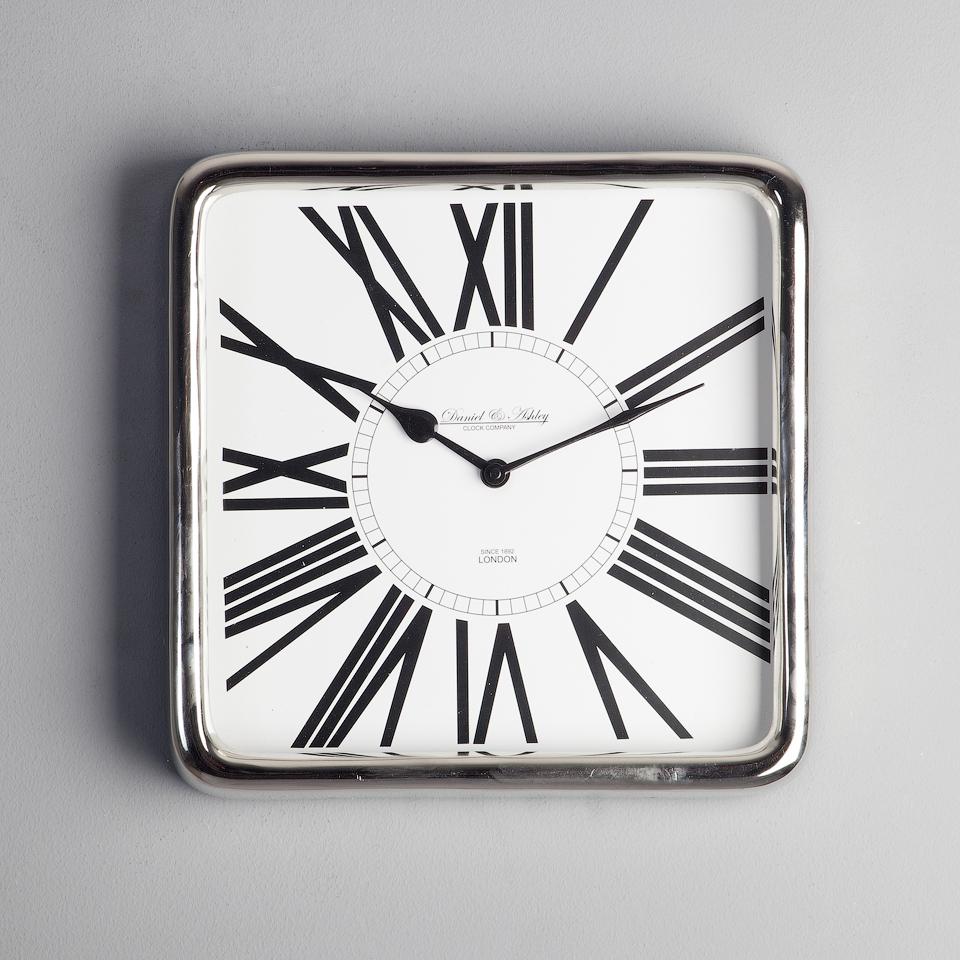 Часы настенные Часы настенные Roomers 45-227-31 chasy-nastennye-31h3h31-sm-roomers-niderlandy.jpg