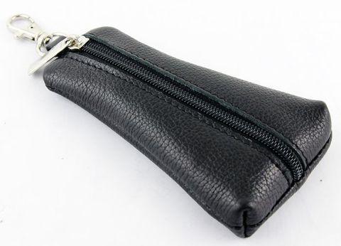 Ключница трапецевидная из натуральной кожи чёрная с молнией и карабином Kluch-020